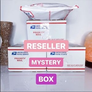 5 ITEM RESELLER MYSTERY BOX